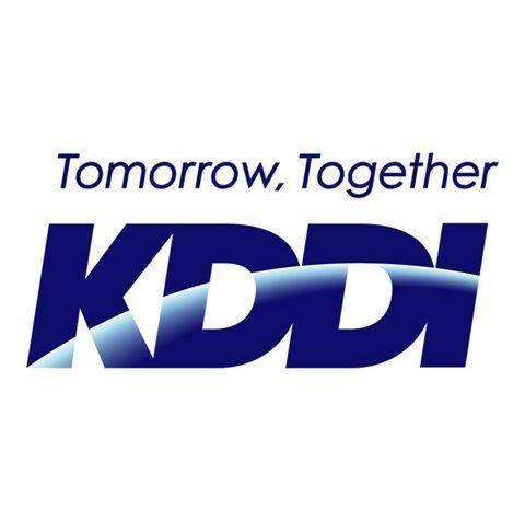 logo kddi sns 01 thumb 480x475 - 【スーツ離れ】ジーンス、スニーカーでOK!KDDIが服装規定も喫煙室も順次廃止、全面禁煙へ