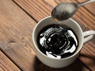 images 1 thumb 1 400x300 - 【健康】「カフェイン」を気化させて吸い込むとどうなるか~喫煙と違法薬物への「登竜門」[12/05]
