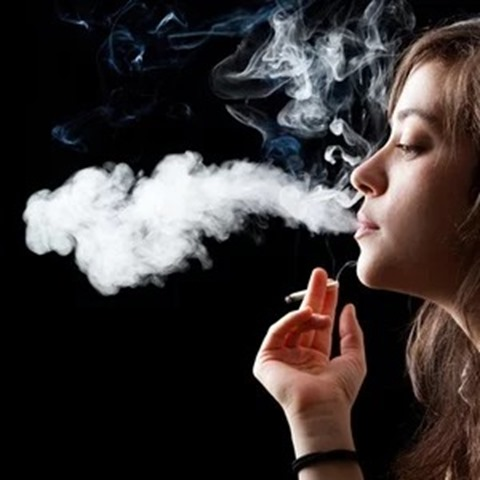 974232594b7a43e0b93f5bbfc3e3c3e8 thumb - 【喫煙】喫煙者の体についたニコチンや有害物質で「三次喫煙」 禁煙の映画館でタバコ10本分の有害物質