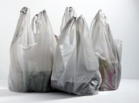img 29af76ef2c8d9e7dfc5395084238 thumb 202x150 - 【時事】有料でもレジ袋の提供を禁止 京都府亀岡市で全国初の条例が成立 紙袋も無料配布禁止