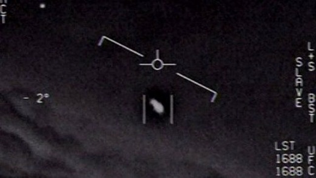 Science UFO Screen Shot 2020 04 thumb - 【河野防衛相】対UFO、自衛隊も検討 領空に入ってきた場合は日本語で呼びかけ [ばーど★]