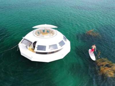 5f1edc464dca6804a9331743 w640 400x300 - 【ライフスタイル】ド田舎の海辺にフローティングポッドを浮かべてひっそりと暮らしたい(お値段5,600万円)