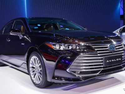 1362528 400x300 - 【画像】トヨタ、新型セダン「アバロン」を発表