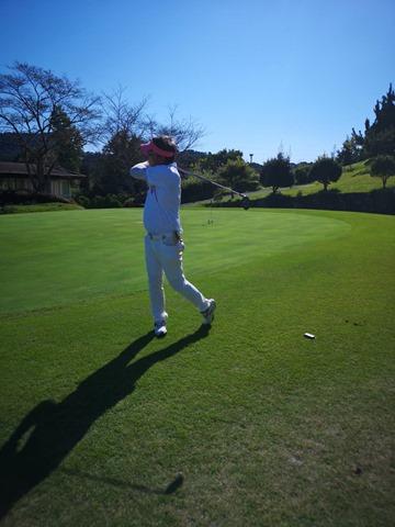39424 thumb - 【レビュー】ゴルフクラブを変えたら飛距離とスコアは伸びるのか?!「ユーティリティ」「フェアウェイウッド」「パター」1stインプレッションレビュー【テーラーメイド/タイトリスト】