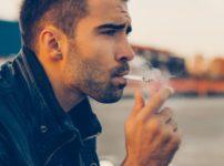 hr news photo 1063 202x150 - 【芸能】紅蘭、タバコをくわえる写真を公開し「くだらねーなと思いながらも無意識にインスタを開く自分に腹が立つ」 [爆笑ゴリラ★]