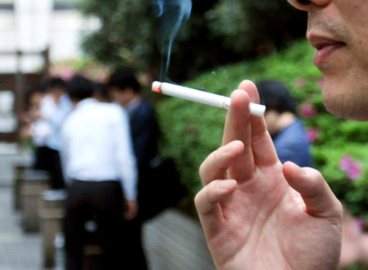 hw414 AS20190604003225 comm - 【タバコ】ところで喫煙者は禁煙になったら辞めるんじゃなかったの?