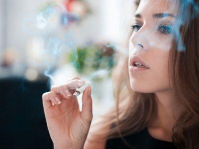 japan161219 400x300 - 【タバコ】ぼくSES、公園でタバコ吸ってたらガチで客先にキレられる
