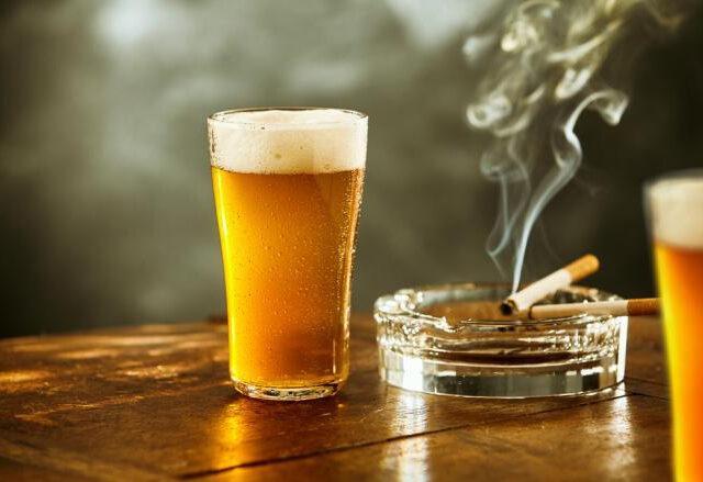 010d702275a58f2fefa296fd58d1ed86 640x439 - 【コロナ】尾身会長「飲酒と喫煙を全面禁止すればコロナは抑え込める」