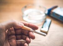 1032838 202x150 - 【タバコ】34歳が今タバコ吸い始めるってヤバい?