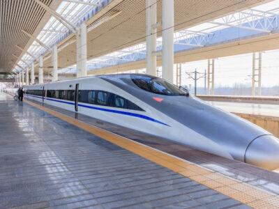 china high speed train 400x300 - 【中国】高速鉄道車内で喫煙した乗客、「警察にぶたれた」と大声で言いがかり [Felis silvestris catus★]
