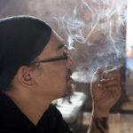 kt tabaq 001 150x150 - 【喫煙】上司俺「喫煙所を回って合計20本タバコを貰ってこい」 新入社員「あ、あわわ…」